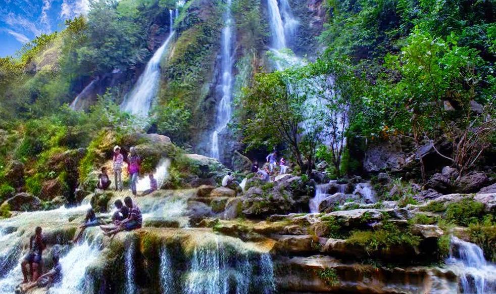 15 Air Terjun di Jogja yang Super Keren  1001malam
