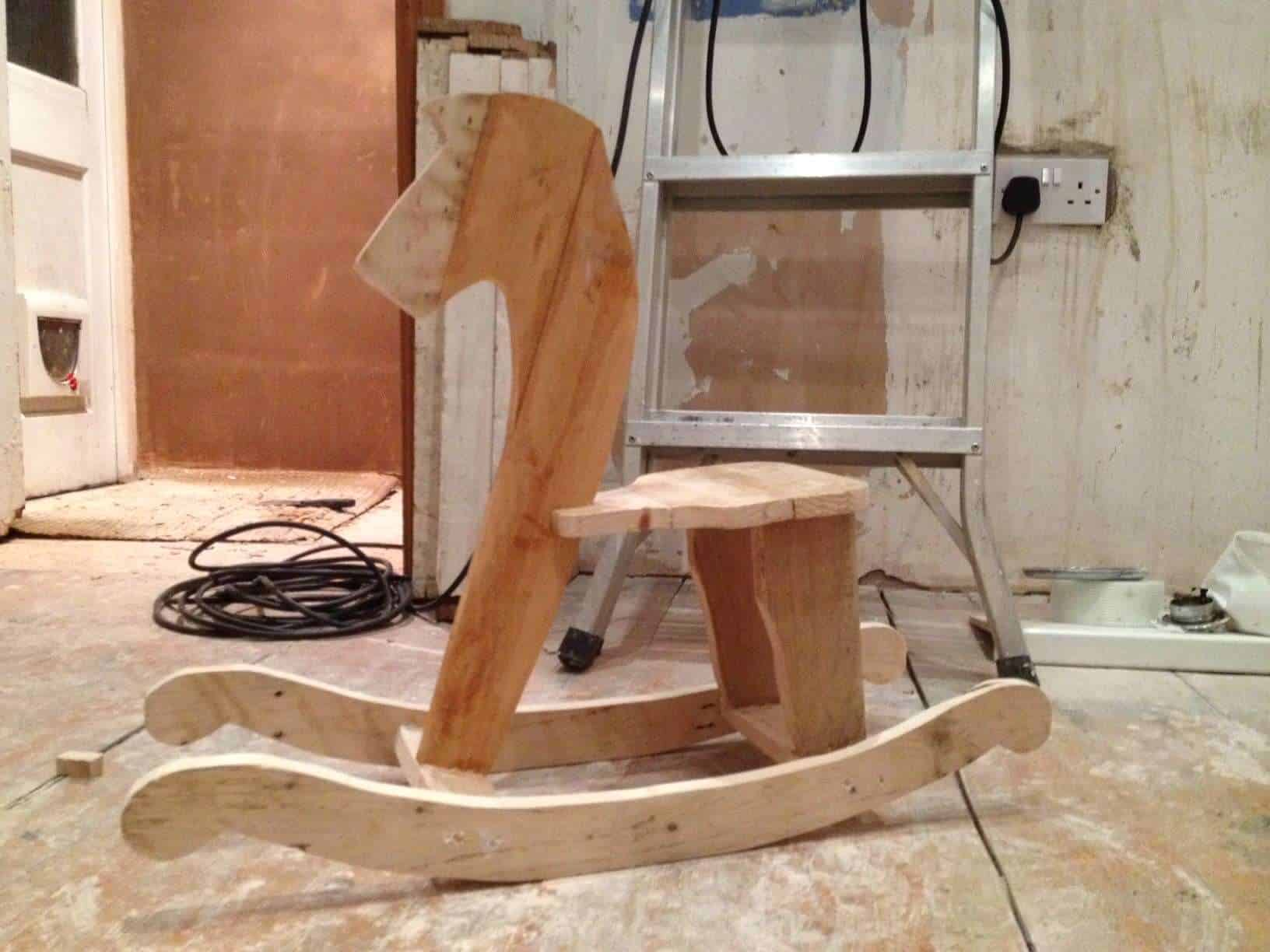 diy pallet rocking chair plans plastic seat covers for dining room chairs horse  1001 pallets