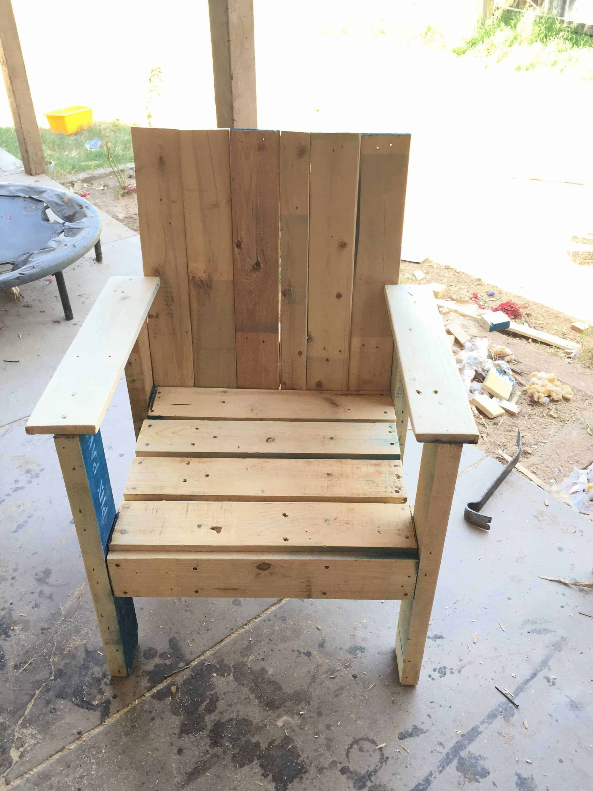 pallet wood chair jens design within reach patio  1001 pallets