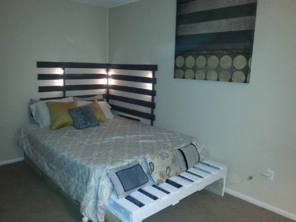 Queen Bed from 3 Pallets  1001 Pallets