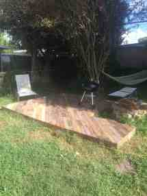 Patio Deck Of 25 Wooden Pallets 1001