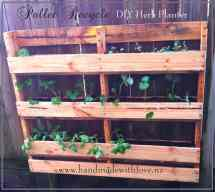 Diy Space-saving Vertical Pallet Herb Planter 1001 Pallets