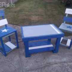 Dallas Cowboys Folding Chairs Party Tables And For Rent Pallet Table Set Perfect Fans 1001 Pallets Like This Themed Group Lets The Neighbors Know Which