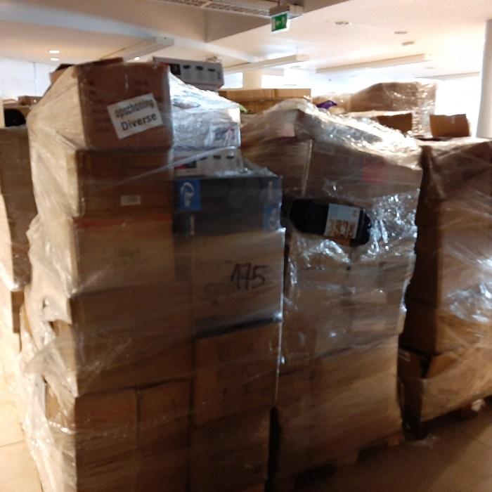 Paletės iš Olandijos ir Vokietijos tinklų/Pallets of Products From Netherlands & Germany