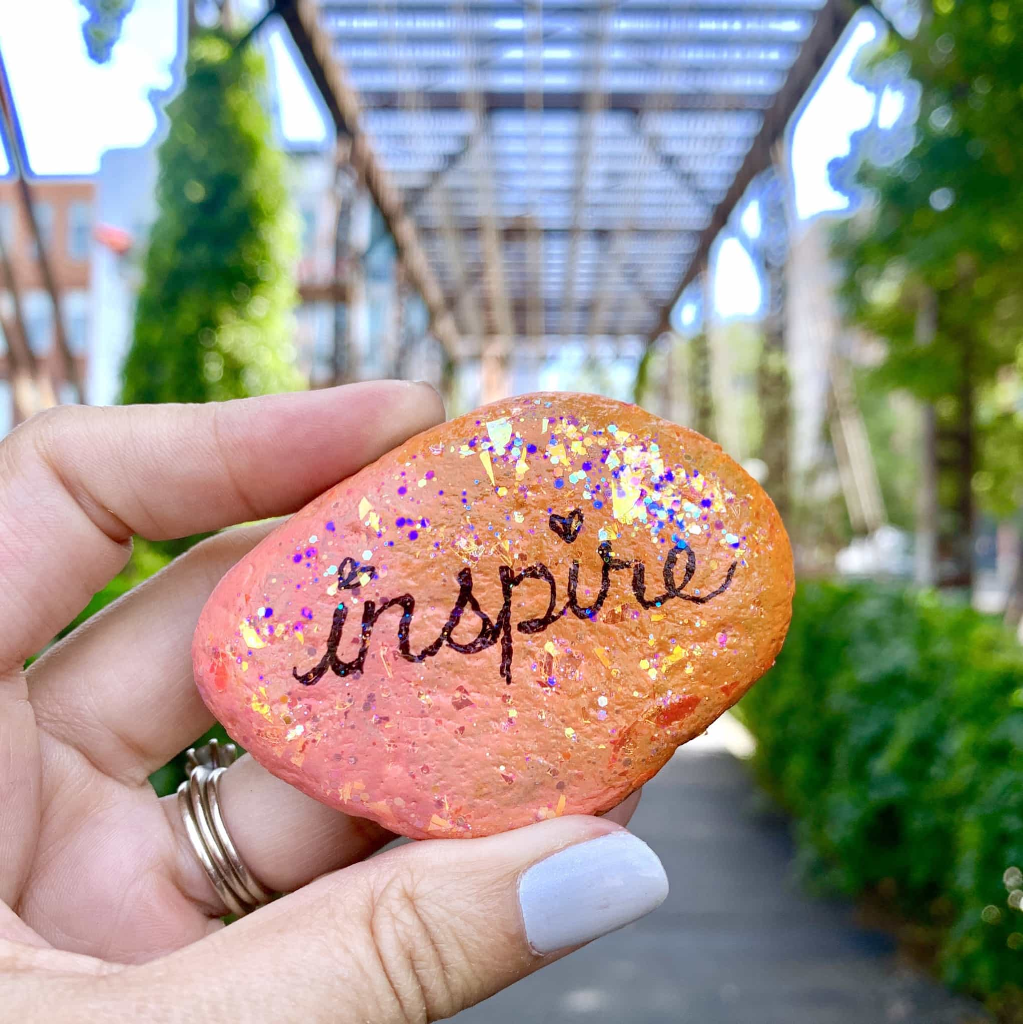 How To Make Glitter Word Art Painted Rocks