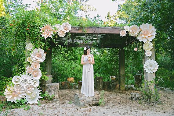 Diy Tutorial Wedding Crafts Tissue Paper Flower Centerpieces Bead Cord