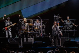1-Hall and Oates_006