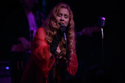 HALEY REINHART_006-2
