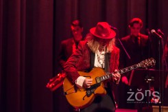 Squirrel Nut Zippers 1-13-18 P-8038