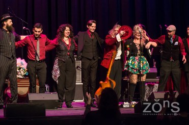 Squirrel Nut Zippers 1-13-18 P-8083