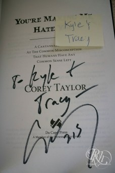 corey_taylor_signing_09