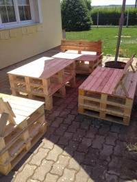 DIY Pallet and Old Bed Garden Furniture