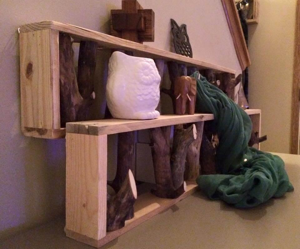 DIY Pallet Shelf and Tree Branch Coat Rack