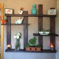 Pallet Shelf for Wall Decor - 101 Pallet Ideas