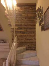 Pallet Wood Wall Paneling - Stairway and Living Room - 101 ...