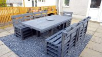 How to Organize a Patio with Pallets