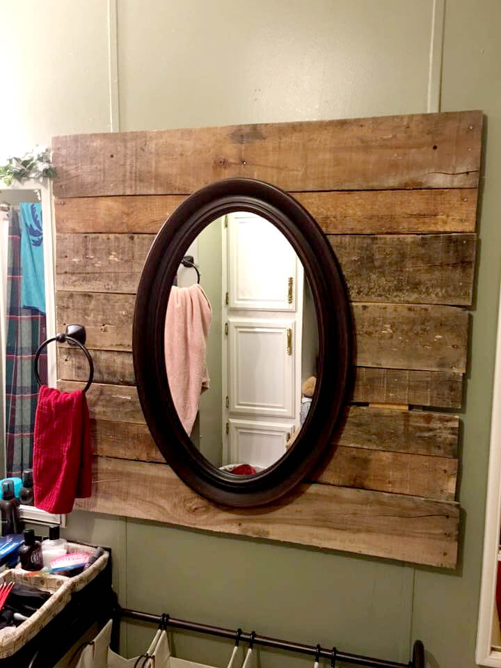 diy pallet sofa table instructions turquoise velvet uk bathroom wall mirror + towel rack