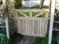 DIY Pallet Gate Doors