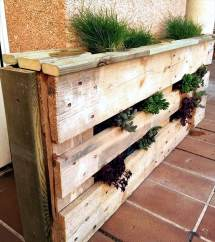 Easiest Diy Projects With Wood Pallets