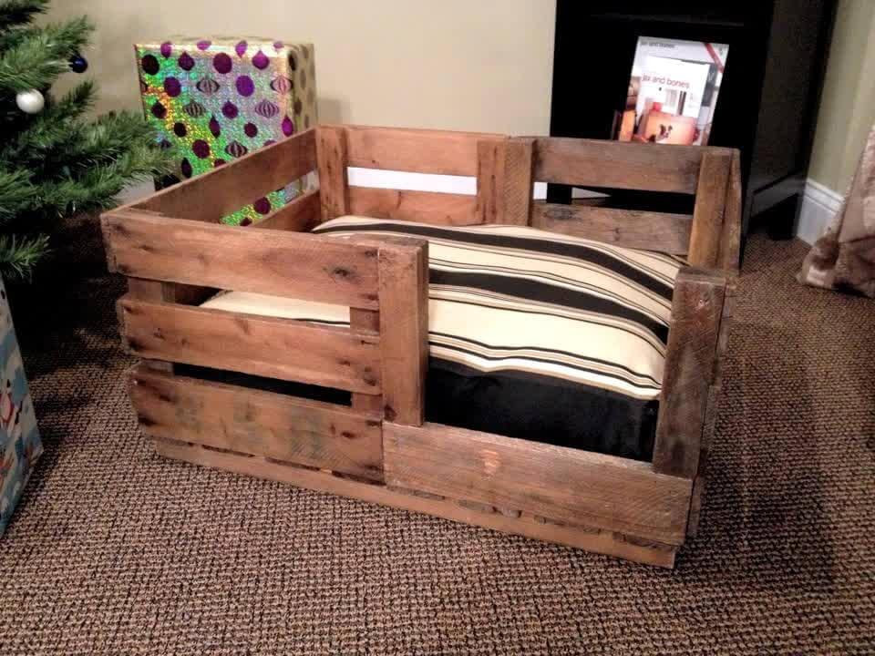 40+ DIY Pallet Dog Bed Ideas