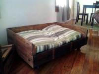 40+ DIY Pallet Dog Bed Ideas - Don't know which I love ...