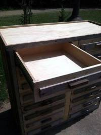DIY Pallet Wood Chest of Drawers