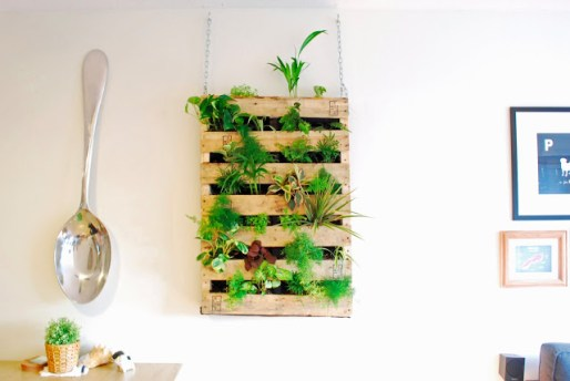 12+ Best DIY Pallet Wall Art Ideas and Projects For Every Room Wall
