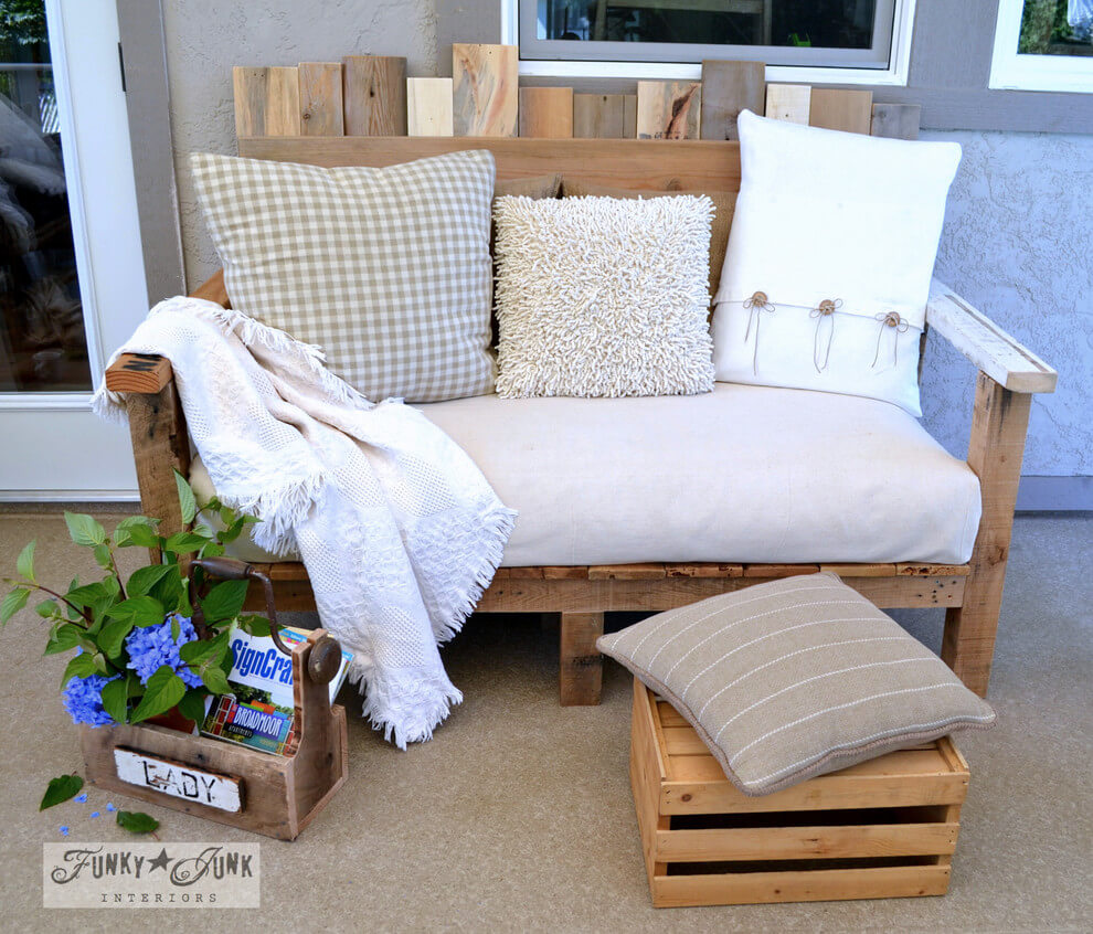 20 Pallet Bench Ideas That Are Totally Easy To DIY in 2021