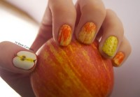 Apple and Honey nails | 10 Blank Canvases