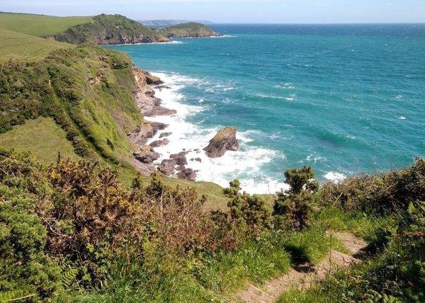 Mevagissey - Hana's Hike. .Steep cliffs near Porthpean, Cornwall