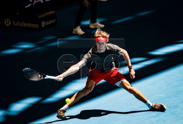 Alexander Zverev of Germany in action during the men's singles match between Germany and Spain on day 2 of the Hopman Cup tennis tournament at RAC Arena in Perth, Western Australia, Australia, 30 December 2018.  EPA-EFE/TONY MCDONOUGH AUSTRALIA AND NEW ZEALAND OUT  EDITORIAL USE ONLY