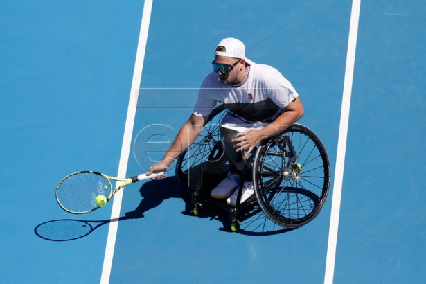 Dylan Alcott of Australia in action against David Wagner of the United States during the quad wheelchair singles final on day 13 of the Australian Open Grand Slam tennis tournament in Melbourne, Australia, 26 January 2019.  EPA-EFE/LYNN BO BO