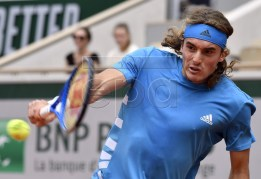 Stefanos Tsitsipas of Greece plays Maximilian Marterer of Germany during their men?s first round match during the French Open tennis tournament at Roland Garros in Paris, France, 26 May 2019.  EPA-EFE/JULIEN DE ROSA