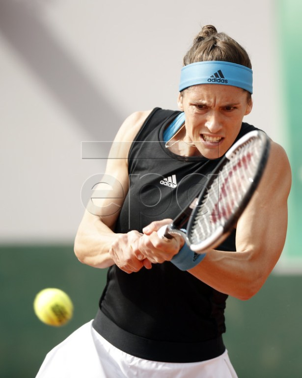Andrea Petkovic of Germany plays Alison Riske of the USA during their women?s first round match during the French Open tennis tournament at Roland Garros in Paris, France, 27 May 2019. EPA-EFE/YOAN VALAT