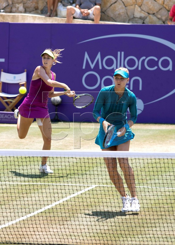 Czech tennis players Lucie Safarova (R) and Barbora Stefkova (L) in action against Lidziya Marozava and Dutch Lesley Kerkhove (unseen)  of Belarus during their semifinal match of the Mallorca Open WTA tennis tournament at Santa Ponsa Tennis club in Santa Ponsa, Balearic Islands, Spain, 23 June 2018.  EPA-EFE/Lliteres
