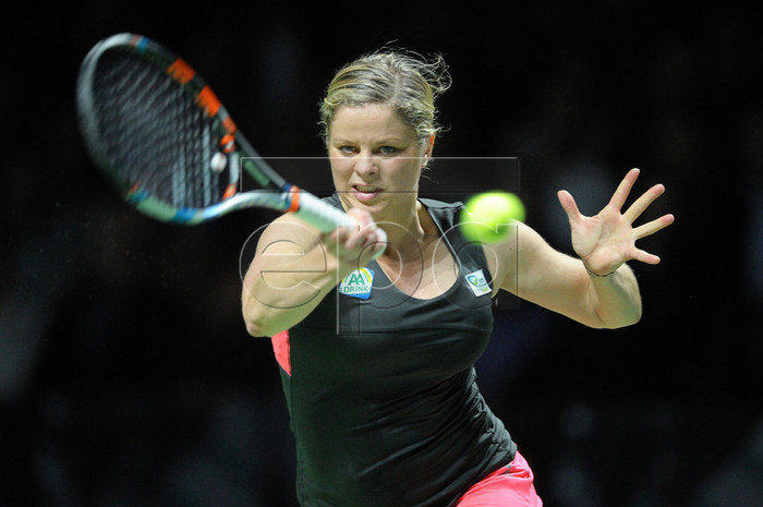 Kim Clijsters announces return to tennis