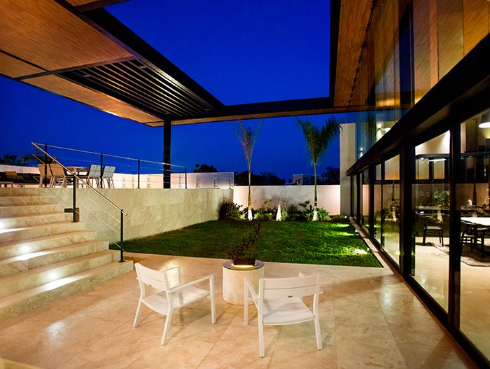This Amazing House By Seijo Peon Arquitectos Boasts