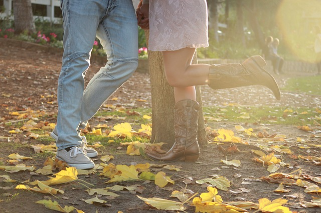 cute cowgirl boots to wear with dresses