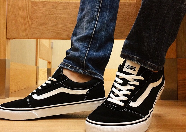 Can I Put My Vans Shoes In The Washing