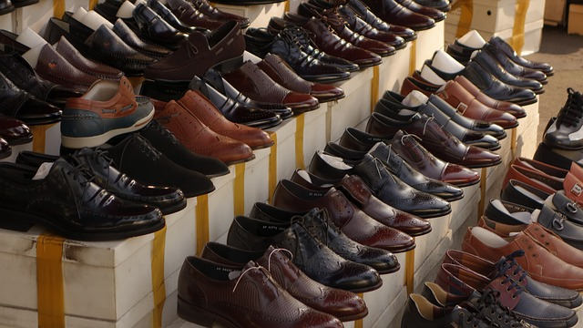 how to pick out the right dress shoe