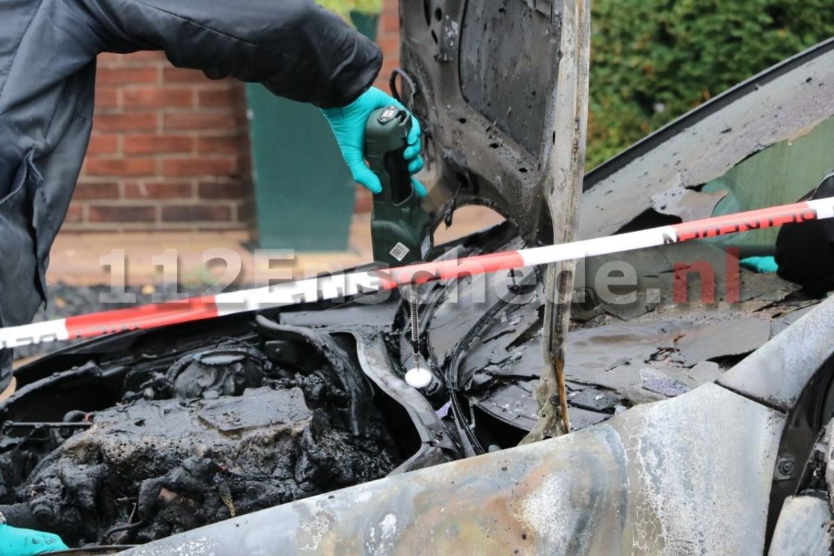 Update: Forensisch onderzoek naar twaalfde autobrand in Enschede