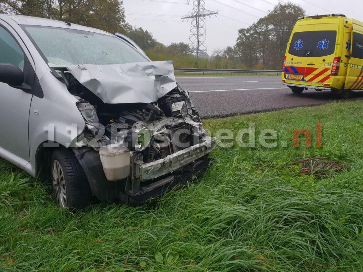 UPDATE (foto): Ongeval op A35 bij Enschede tussen auto en vrachtwagen