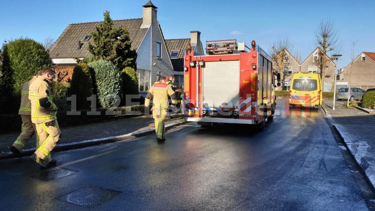 Fietser in Enschede raakt bekneld; brandweer schiet te hulp