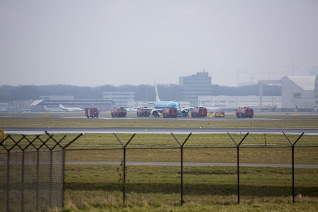 KLM Boeing 737 keert terug naar Schiphol