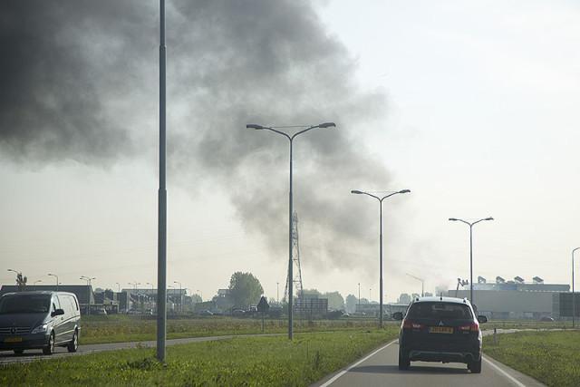 Dakbrand bij Huis van de Sport in Hoofddorp