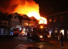 Aalsmeer – Grote brand Zijdstraat (foto update)
