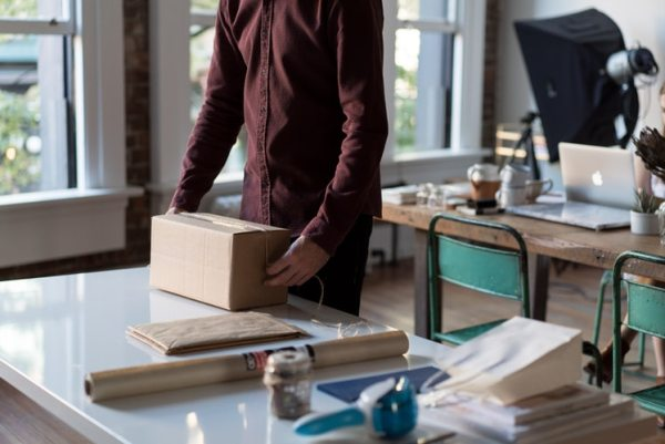 What You Need to Run Your Own Dropshipping Company Photo by Bench Accounting