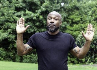 hands up black-man-3564985_960_720 He's Not Ready for a Relationship But Wants to be Friends