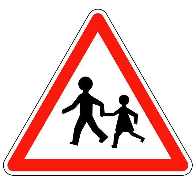 Panneau signalant un endroit fréquenté par les enfants