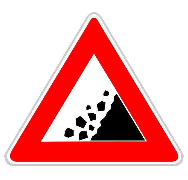 Panneau risque de chutes de pierres